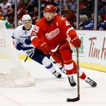 Red Wings fall to Lightning in OT, 2-1, on Friday Night Fights at JLA