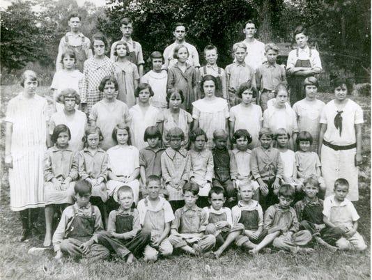 636306387552923035-Camp-Ground-School-ca.-1923.jpg