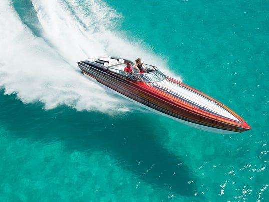 636172411071136529-2017-Formula-382-at-speed-CREDIT-Courtesy-of-Formula-Boats.jpg