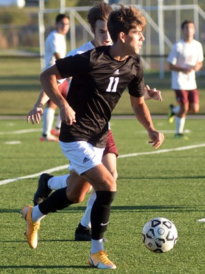 Newton senior Santiago Fernandez scored two goals with an assist to lead the Railers to a 4-1 win over Salina Central. Newton plays Thursday at Campus.