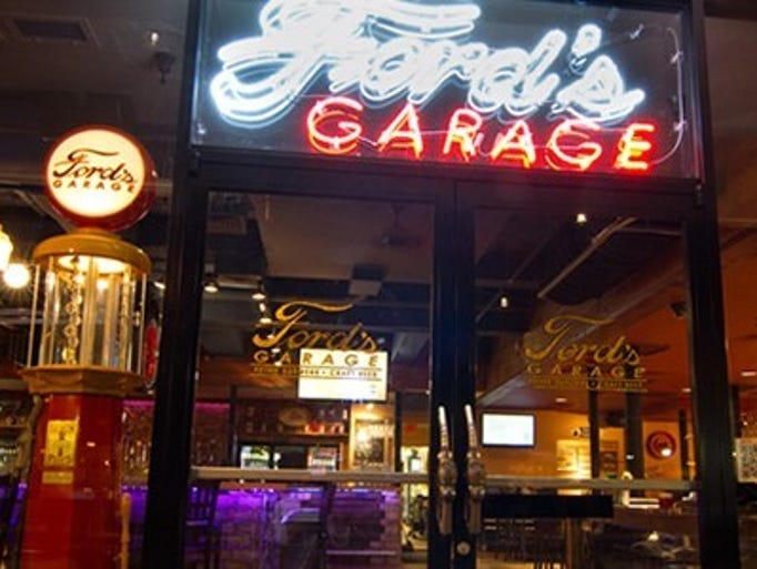 Ford's Garage opened its first location in downtown Fort Myers in February 2012, 109 years after the Ford Motor Co. was founded. The restaurant announced Wednesday it reached a first-of-its-kind licensing agreement with the automotive giant.