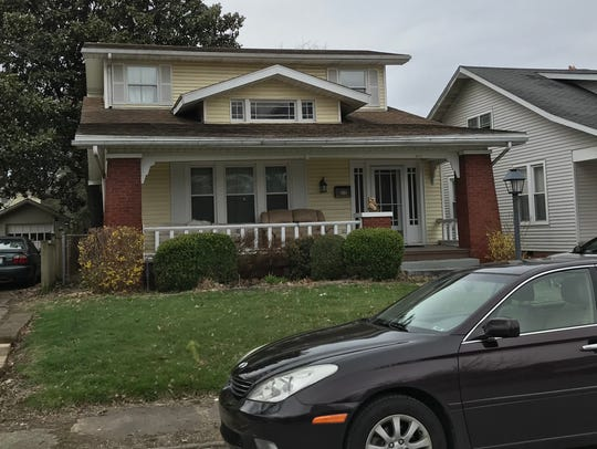 "The house used in exterior shots of ""Roseanne"" at 619"