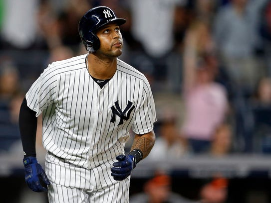 Aaron Hicks is back in the Yankees lineup.