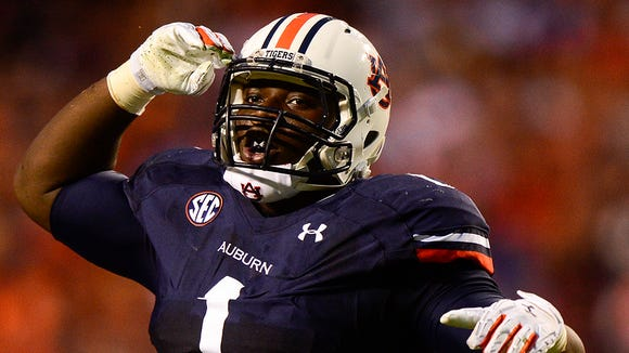Montravius Adams (1) will have until Jan. 18 to decide whether he wants to declare for NFL Draft or return to Auburn for his final year of eligibility.