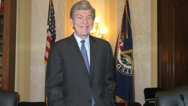 Roy Blunt, with his first-ever committee chairmanship nameplate.