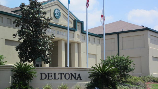 Deltona is governed by seven members on the City Commission. One seat, District 6, is on the Aug. 18 ballot with three candidates in the race: Julio David Sosa, Lawton Collyshaw and Jodylee Storozuk.