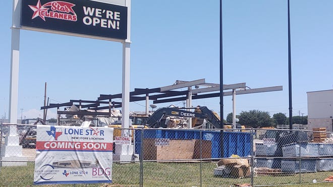 Crews worked Wendesday to demolish a former  gas station on the corner of U.S. Highway 75 and U.S. Highway 82. In 2019, Douglass Distributing announced plans to demolish the existing, 1980s model station and rebuild it with a new modern facility in an adjacent strip center.