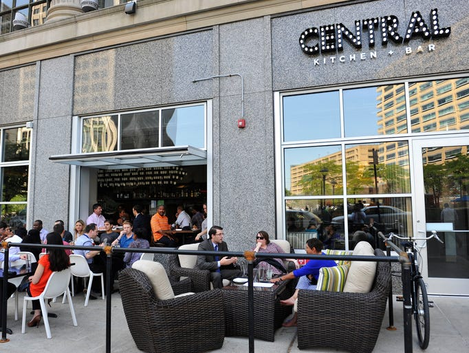 Guests dine outdoors at the Central Kitchen + Bar in