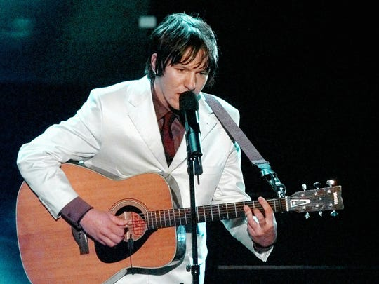 "Elliott Smith sings ""Miss Misery"" from the film ""Good"