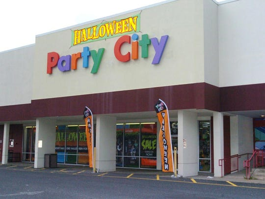 Party City is hiring 35,000 employees nationwide over the next four weeks.