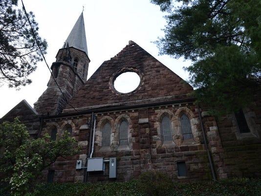 aftermath-church-fire-englewood-032316.JPG