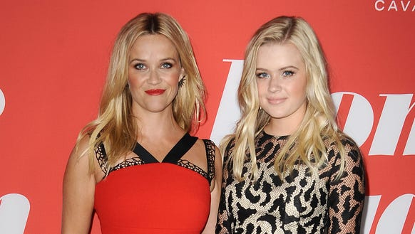 'Home Again': Reese Wi... Reese Witherspoon Daughter
