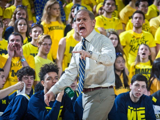 635616656412073043-635612578943245035-AP-Iowa-Michigan-Basketball--2