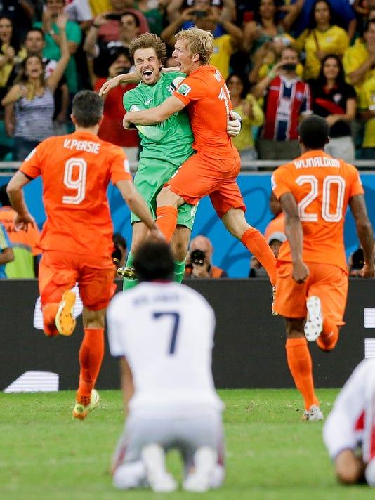 APTOPIX Brazil Soccer_Bens (1).jpg