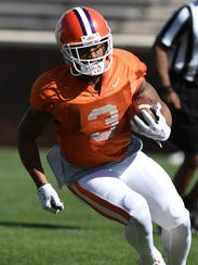 Clemson wide receiver Amari Rodgers (3) during the