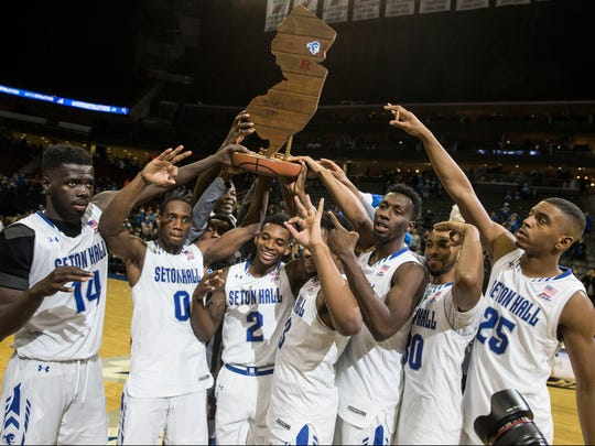Seton Hall celebrates the win. Rutgers at Seton Hall 2016 Garden State Hardwood Classic takes place at the Prudential Center.Newark, NJFriday, December 23, 2016.@dhoodhood