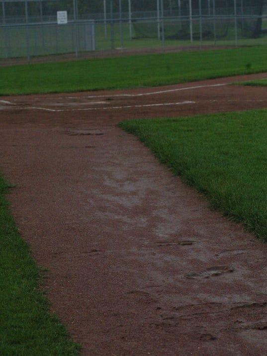 KEW 0712 Wet field in Lux.JPG