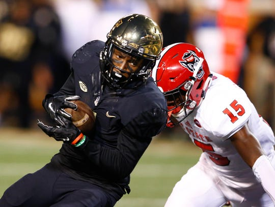 Wake Forest wide receiver Tabari Hines (1) catches a pass for a touchdown last season. Hines will play this season for Oregon as a graduate transfer.