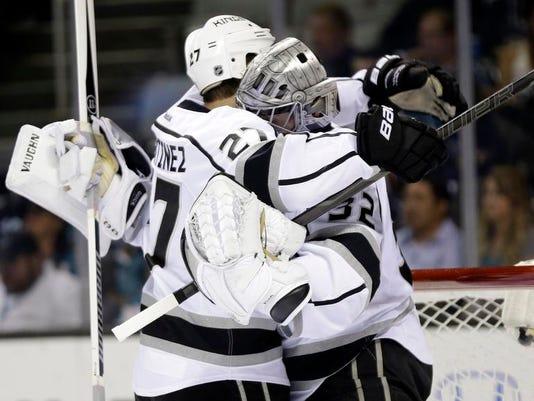 Kings Sharks Hockey_Ball (3).jpg