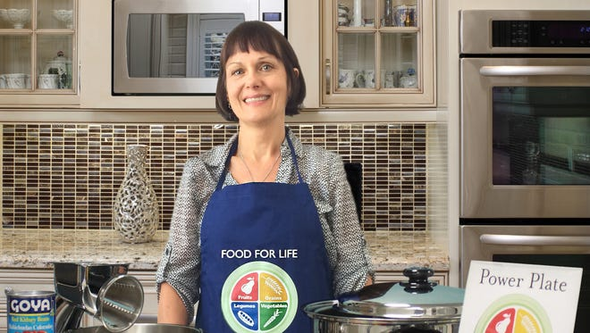 Susannah Dickman will be presenting a Food for Life class on type 2 diabetes prevention and intervention beginning October 5.