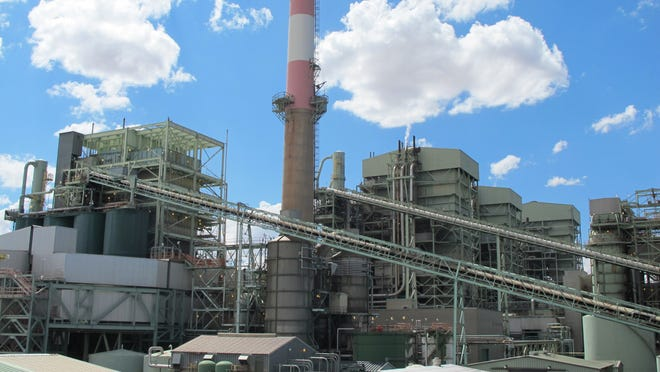 Arizona Public Service Co. is proposing to close at least one of the four units at the Cholla Power Plant in northern Arizona near Holbrook.