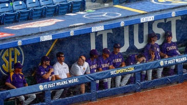 LSU makes it into SEC title game, 2-1 over Arkansas