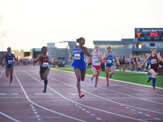 Minneapolis North's T'Nia Riley places first in the
