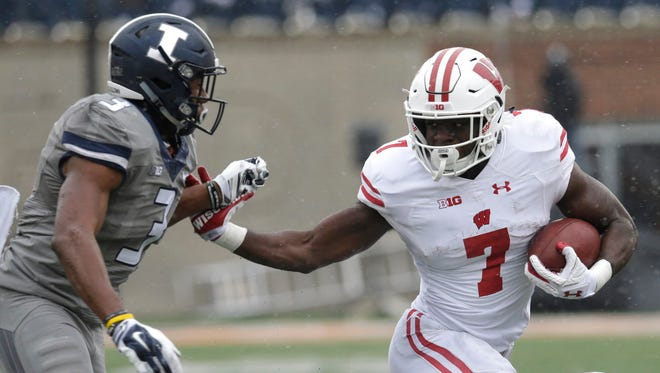 UW running back Bradrick Shaw could see some more carries vs. Indiana on Saturday.