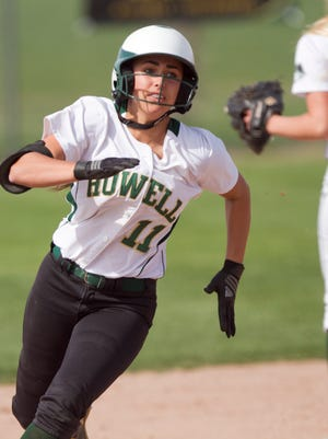 Howell's Veronica Pezzoni was first-team All-State and first-team All-America as a senior softball player in 2017.