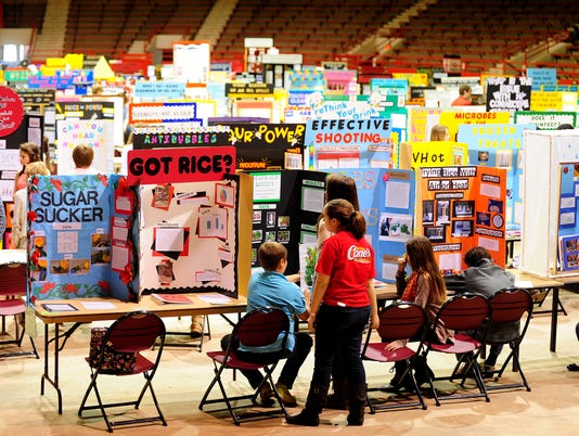 636598211676799918-ScienceFair.JPG