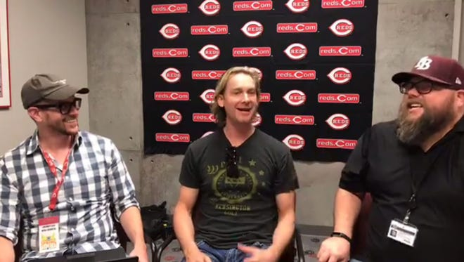 Bronson Arroyo chats on Facebook Live with the Cincinnati Enquirer's beat reporters in Goodyear, Ariz.