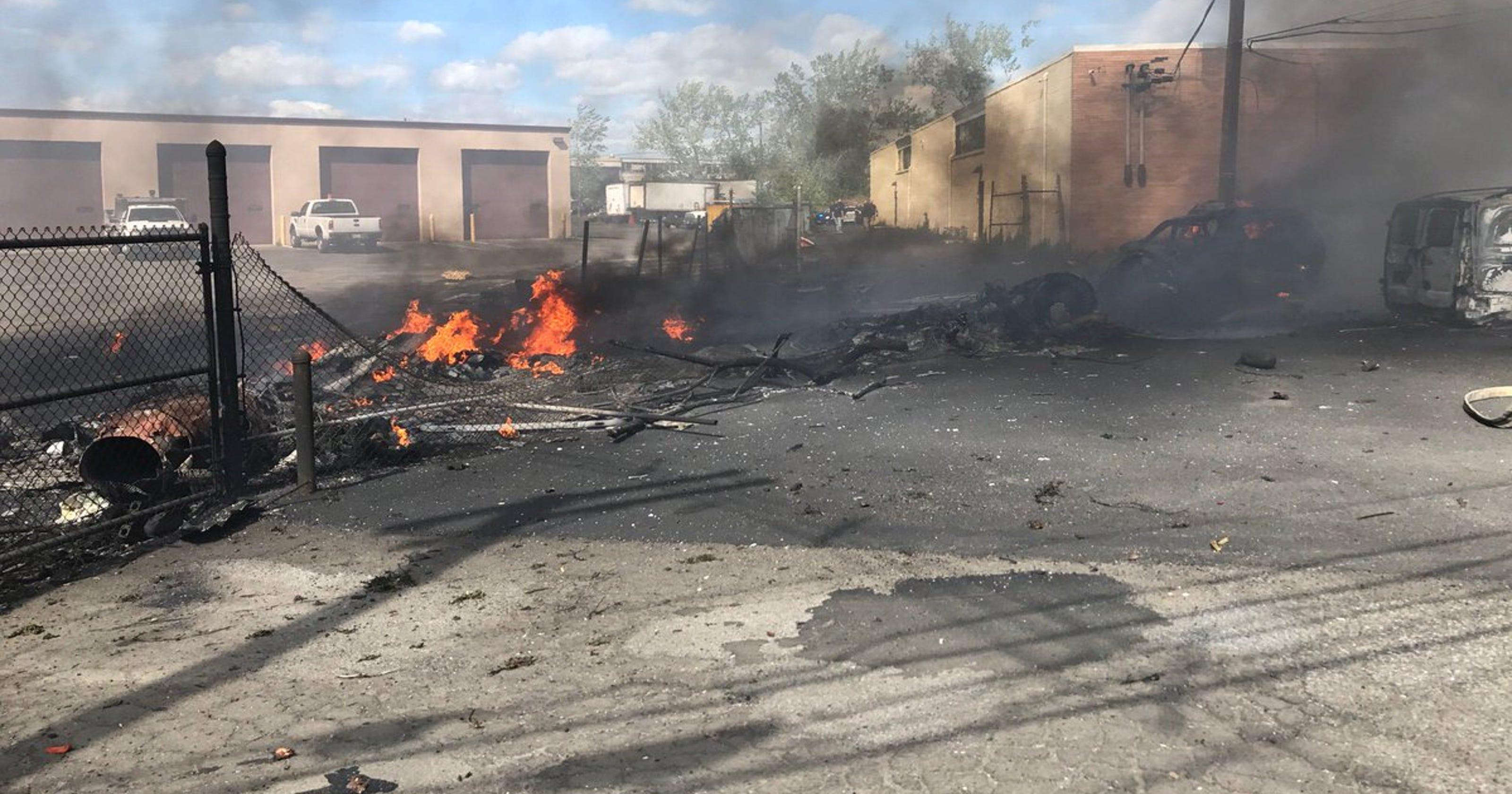 Learjet crash in New Jersey kills 2 crew members