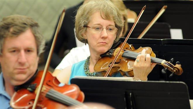 The International Symphony Orchestra season begins Friday and Saturday.