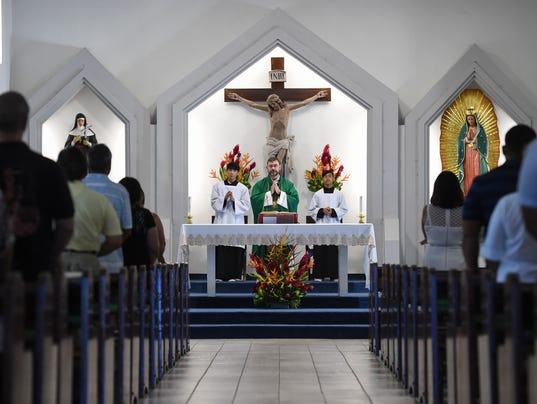 636381796518343655-Prayer-for-Peace-05.jpg