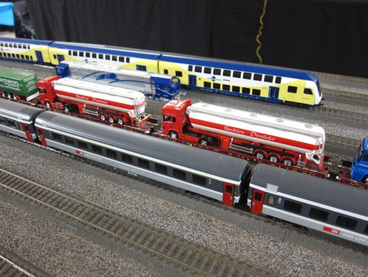 636173107215705195-PLY-library-trains.jpg
