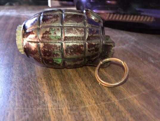 636451647817678078-grenade.jpg