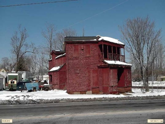 636610186806195597-red-house-long-branch.jpg