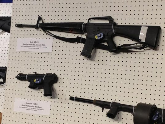 -asssualtweapons32.jpg20130131.jpg