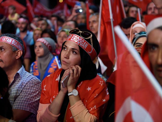 TURKEY-MILITARY-POLITICS-COUP-DEMO