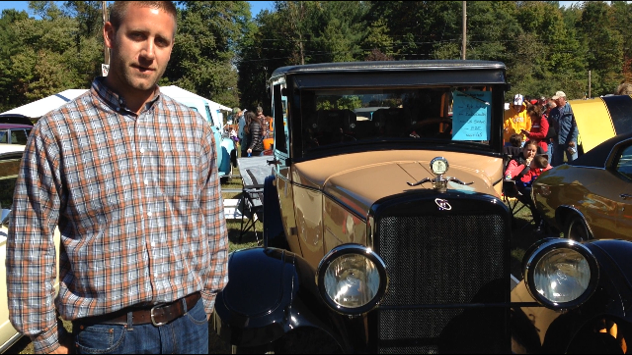 Kyle Eaton shows his 1925 Rickenbacker D6 at the 52nd Annual National Apple Harvest festival.