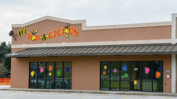 A new popcorn shop called It'z Pop-a-Licious is opening