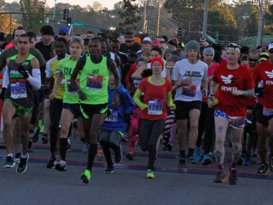 More than 800 runners took to the course early Saturday