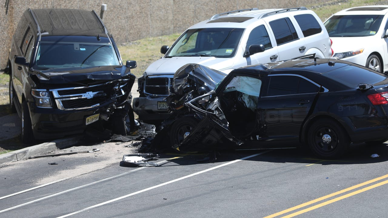 Raw video shows the fatal scene on Getty Ave.  where a one-vehicle crash occurred .  The person involved in the crash died, Sunday, April 22, 2018.