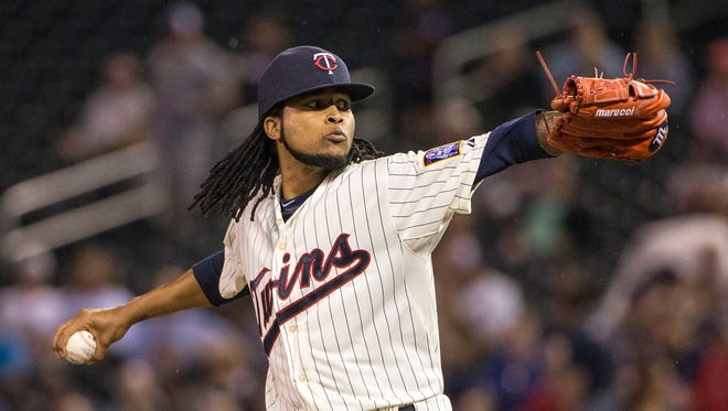 Sep 16, 2015; Minneapolis, MN, USA; Minnesota Twins starting pitcher Ervin Santana (54) delivers a pitch in the first inning against the Detroit Tigers at Target Field.