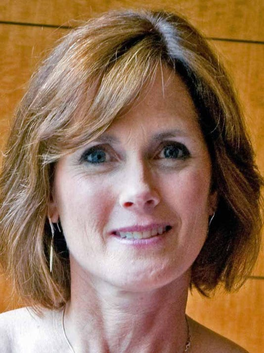 Mary Siegel headshot