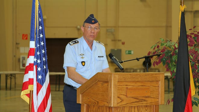 Commanding Director of the German Air Force Flying Training Center at Holloman Air Force Base Col. Heinz-Josef Ferkinghoff transferred his responsibilities to Col. Stephan Breidenbach in a ceremony Wednesday afternoon.
