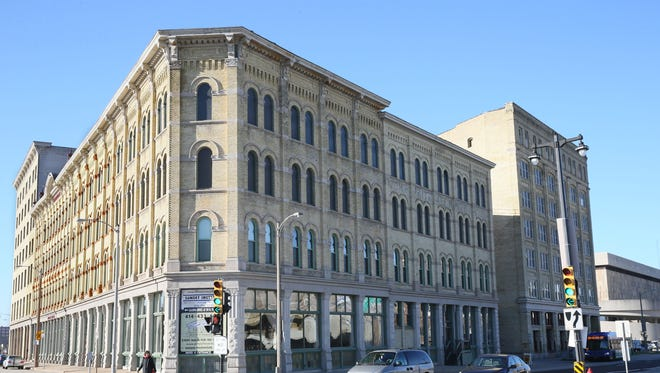 The Pritzlaff buildings are at W. St. Paul and Plankinton avenues.