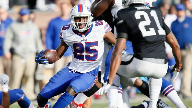 LeSean McCoy had a big game with 191 yards from scrimmage at Oakland.