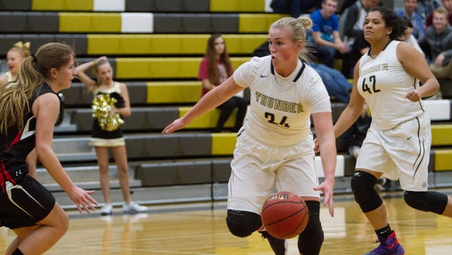 Desert Hills' Ashley Beckstrand drives to the basket during a game on Jan. 18, 2016.