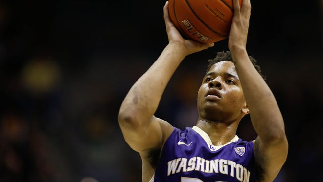 Washington Huskies guard Markelle Fultz (20) shoots from the free throw line during the first half against the California Golden Bears at Haas Pavilion, Jan. 12, 2017.